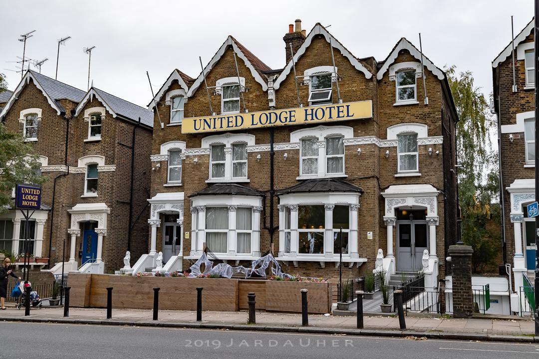 Lodge Hotel