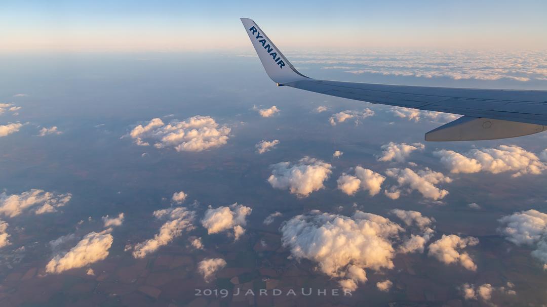 Nad oblaky
